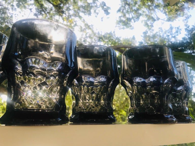 American Set of Six Hollywood Regency Gothic Style Barware Glasses in Black, circa 1960s For Sale