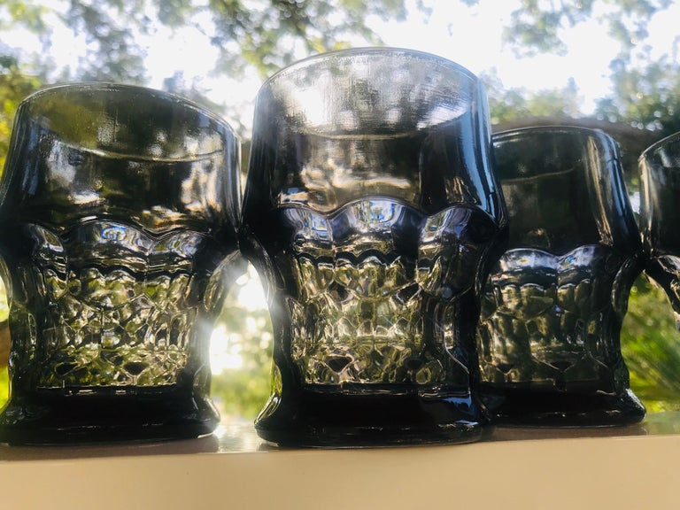 Mid-20th Century Set of Six Hollywood Regency Gothic Style Barware Glasses in Black, circa 1960s For Sale