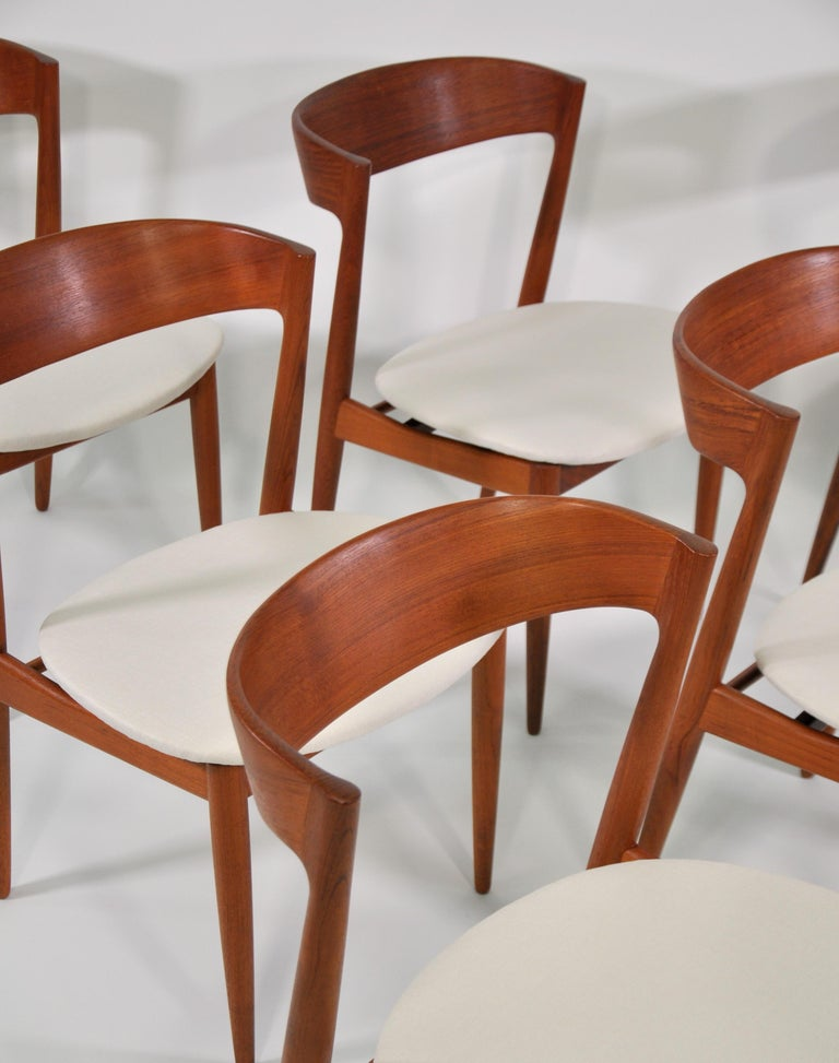 Set of Six H.W. Klein for Bramin Teak Dining Chairs In Good Condition For Sale In Miami, FL