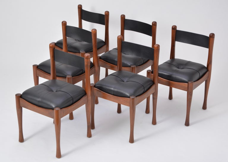Set of six Italian Mid-Century dining chairs by Silvio Coppola for Bernini In Good Condition For Sale In Berlin, DE