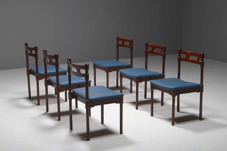 Set of Six Italian Gianfranco Frattini Style Walnut Dining Chairs, 1960s For Sale 6