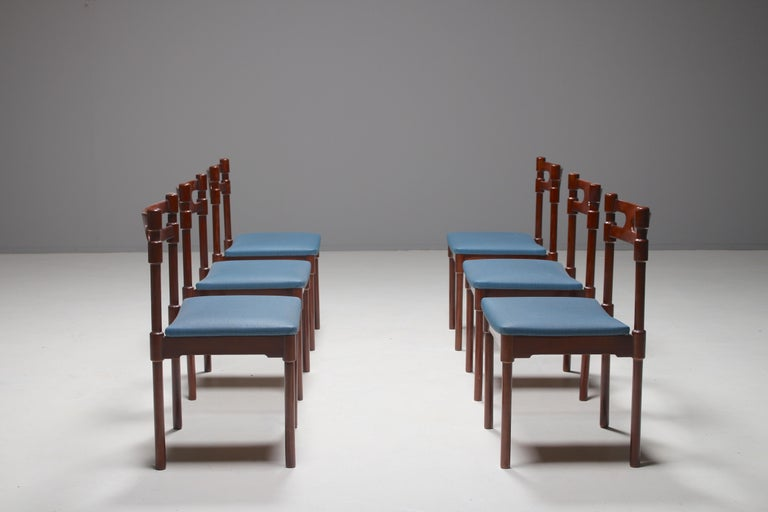 Set of Six Italian Gianfranco Frattini Style Walnut Dining Chairs, 1960s In Good Condition For Sale In Winterswijk, NL