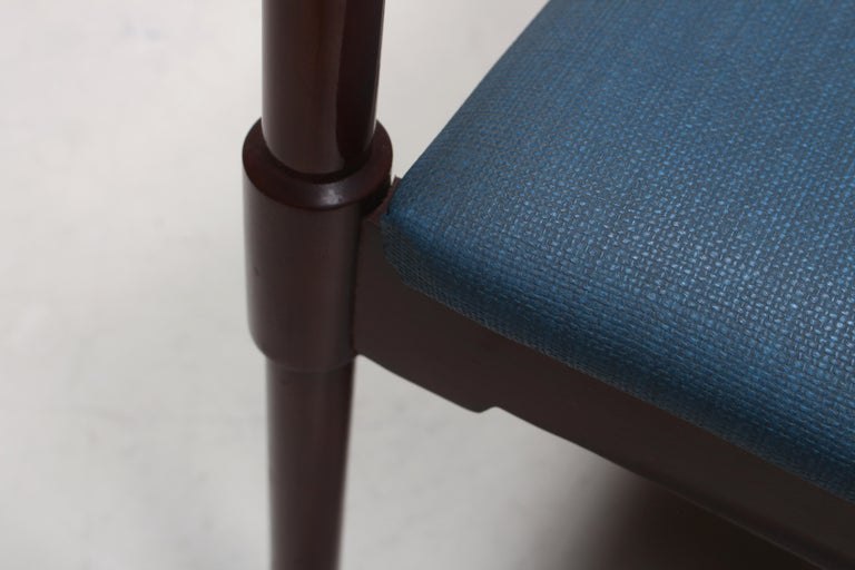 Set of Six Italian Gianfranco Frattini Style Walnut Dining Chairs, 1960s For Sale 2