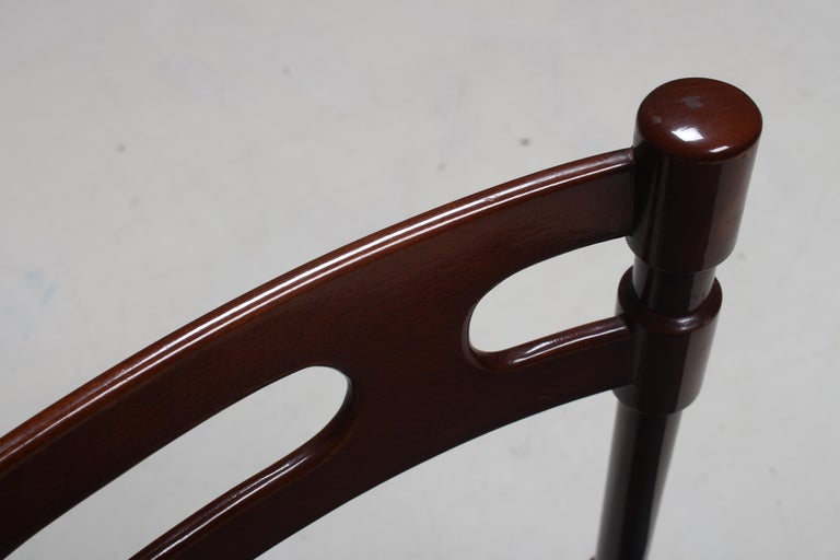 Set of Six Italian Gianfranco Frattini Style Walnut Dining Chairs, 1960s For Sale 4
