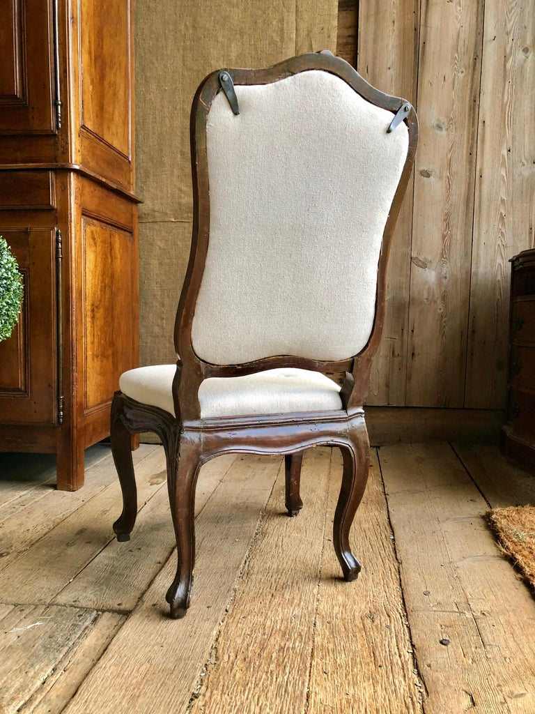 Set of Six Italian Louis XV Style Dining Chairs, circa 1800 For Sale 5