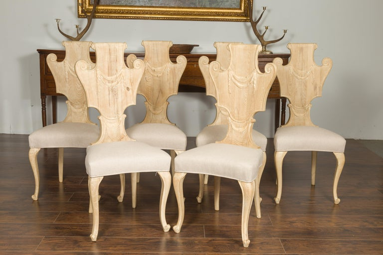 Set of Six Italian Midcentury Bleached Walnut Dining Room Chairs with Scrolls For Sale 7