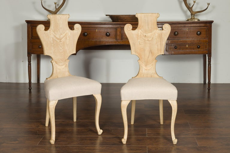 Mid-Century Modern Set of Six Italian Midcentury Bleached Walnut Dining Room Chairs with Scrolls For Sale