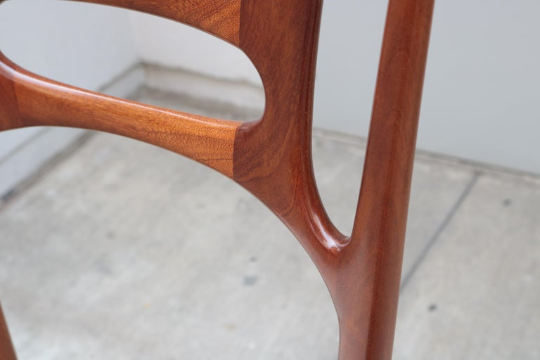 Set of Six Italian Modernist Dining Chairs For Sale 2