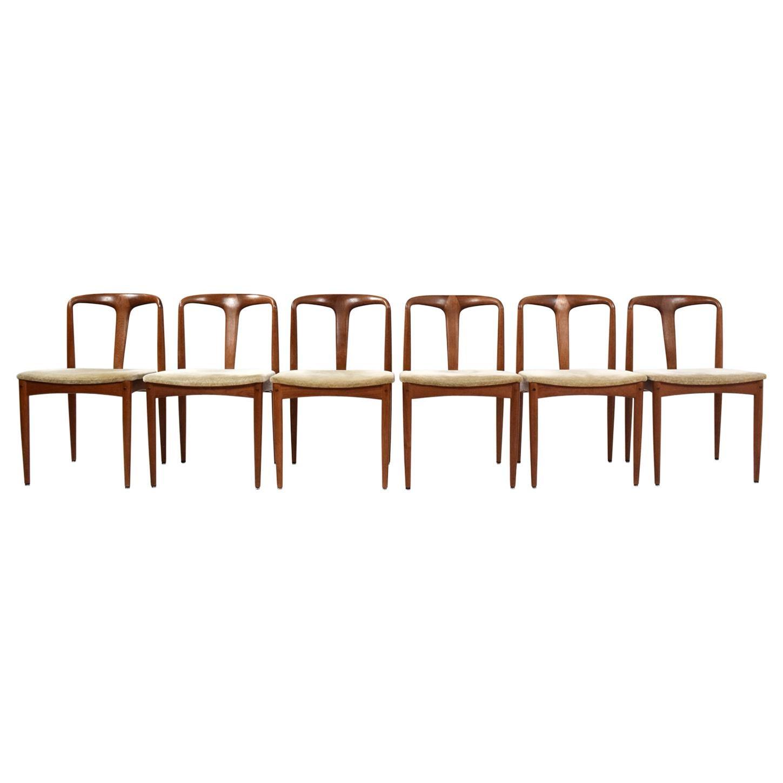 Set of Six Johannes Andersen 'Juliane' Dining Chairs, Uldum Møbelfabrik Denmark