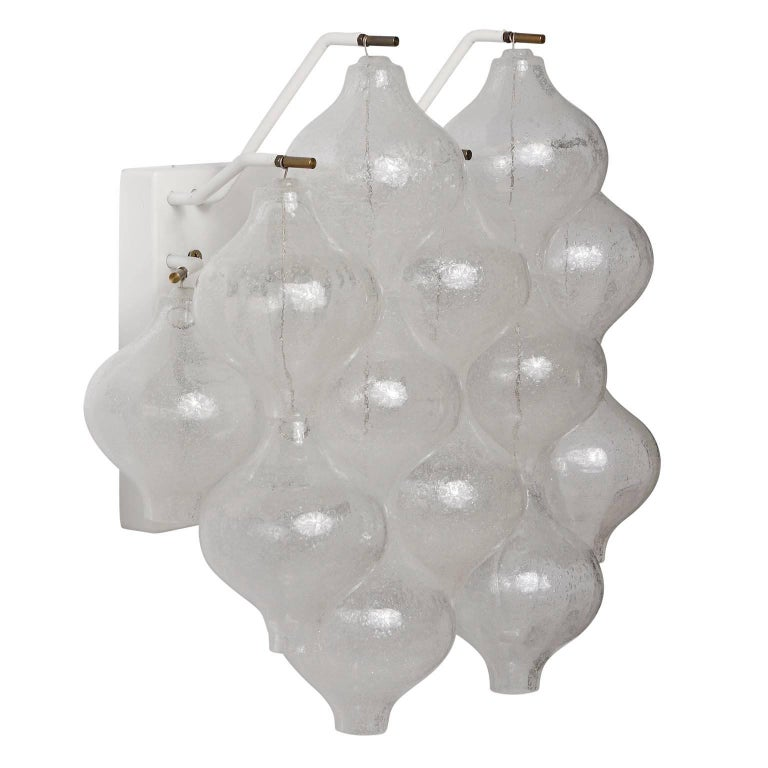 Six Kalmar 'Tulipan' Wall Lights Sconces, Glass Brass, 1970s In Excellent Condition For Sale In Graz, AT