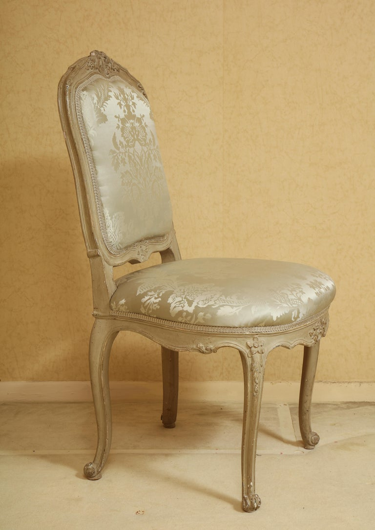 North American Set of Six Louis XV A La Reine Style Grey Silk Grey Upholstered Dining Chairs For Sale