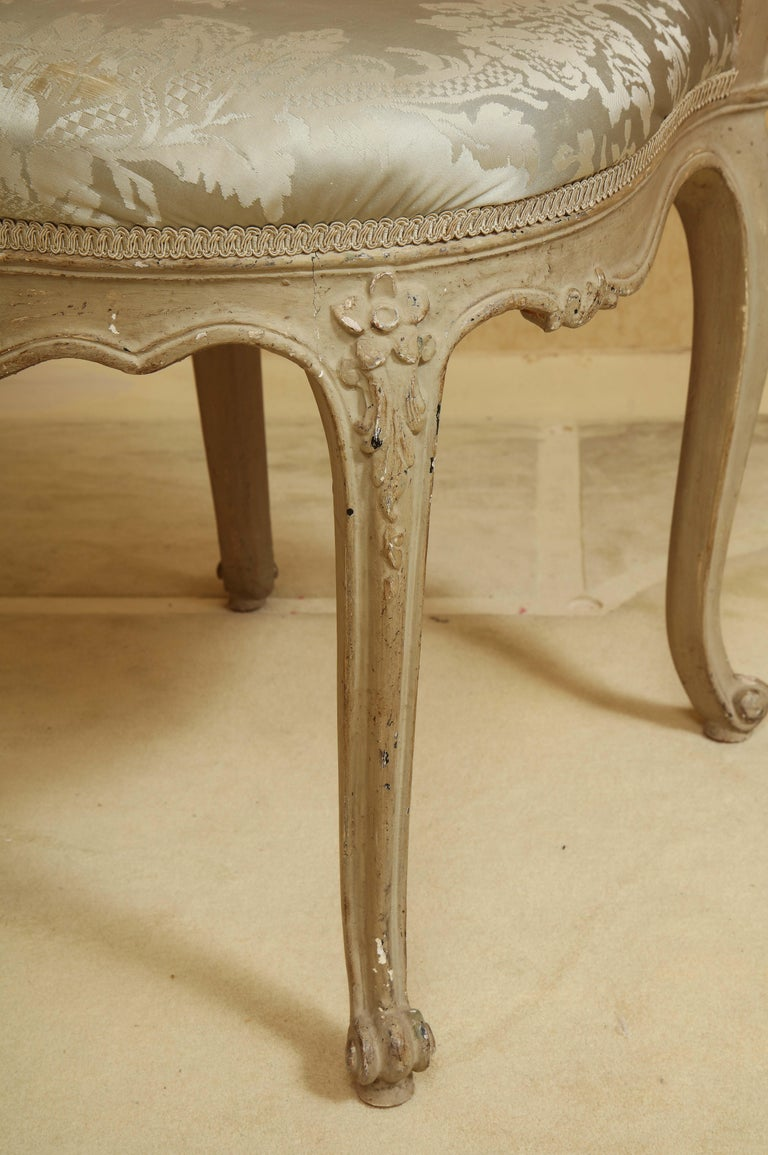 Set of Six Louis XV A La Reine Style Grey Silk Grey Upholstered Dining Chairs For Sale 2