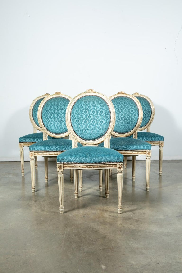 Set of Six Louis XVI Style Maison Jansen Parcel-Gilt and Painted Dining Chairs For Sale 10