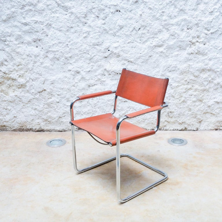 Set of Six Marcel Breuer Metal and Leather MG5 Chairs by Matteo Grassi For Sale 3