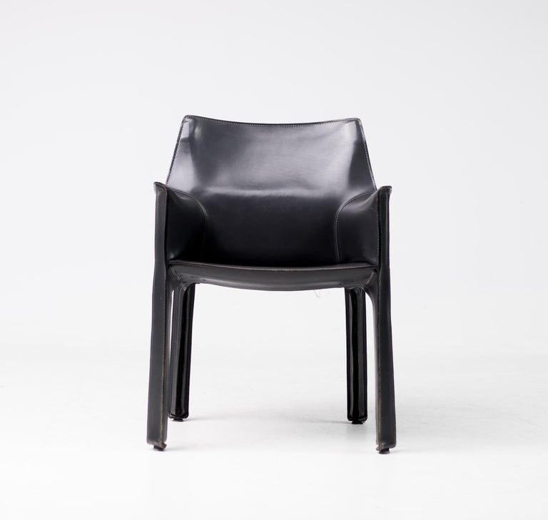 Set of Six Mario Bellini Cab Chairs for Cassina For Sale 2