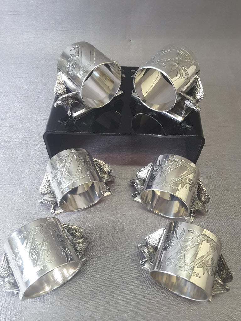 Victorian Set of Six Matching Meriden Figural Twin Dove Napkin Rings For Sale