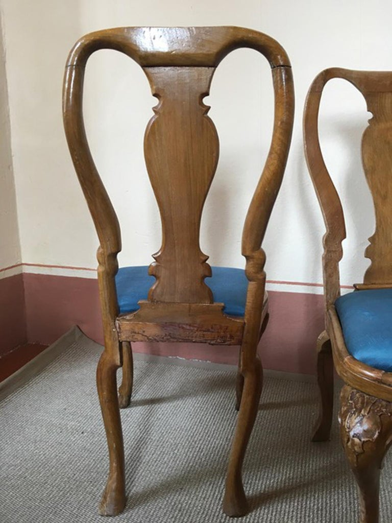 Italy Mid-18th Century Set Six Dining Chairs Solid Oak Hand Carved For Sale 1