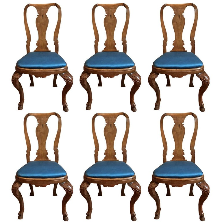 Italy Mid-18th Century Set Six Dining Chairs Solid Oak Hand Carved For Sale