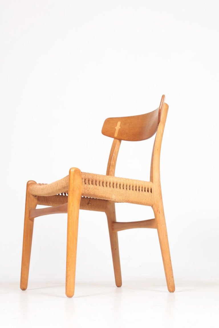 Set of Six Midcentury CH 23 Side Chairs in Oak by Wegner Danish Design, 1950s For Sale 4