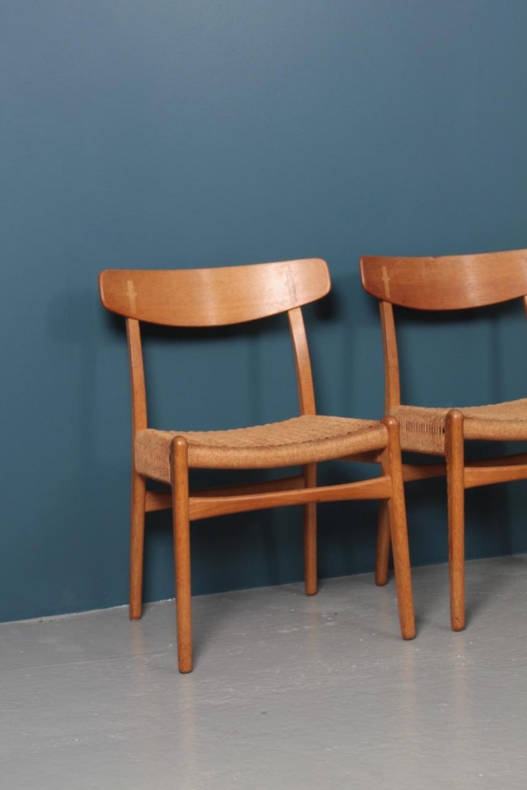 Set of Six Midcentury CH 23 Side Chairs in Oak by Wegner Danish Design, 1950s For Sale 8