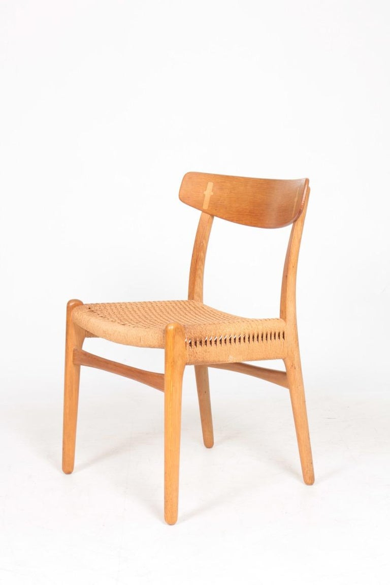 Set of Six Midcentury CH 23 Side Chairs in Oak by Wegner Danish Design, 1950s In Good Condition For Sale In Lejre, DK