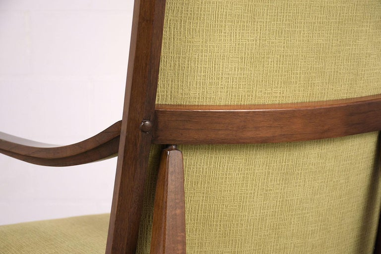 Linen Set of Six Mid-Century Modern Style Dining Room Chairs For Sale