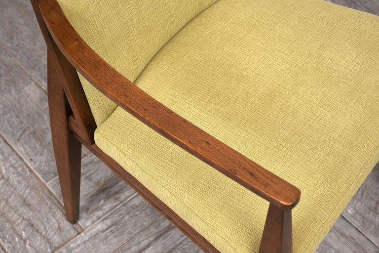 Set of Six Mid-Century Modern Style Dining Room Chairs In Good Condition For Sale In Los Angeles, CA