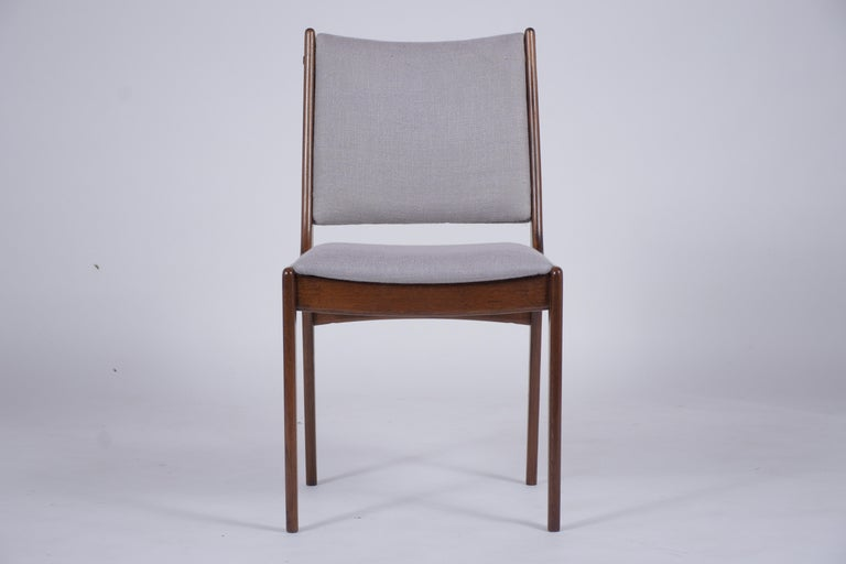 American Set of Six Mid Century Modern Walnut Dining Chairs For Sale
