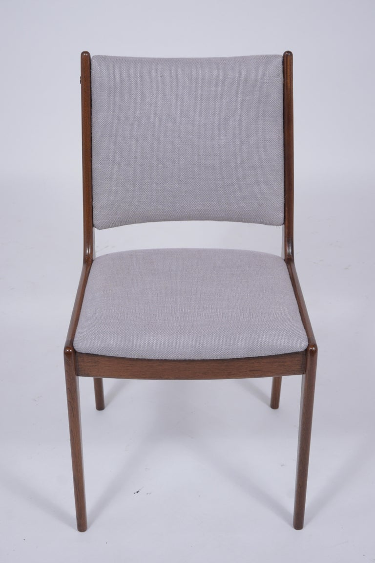Carved Set of Six Mid Century Modern Walnut Dining Chairs For Sale