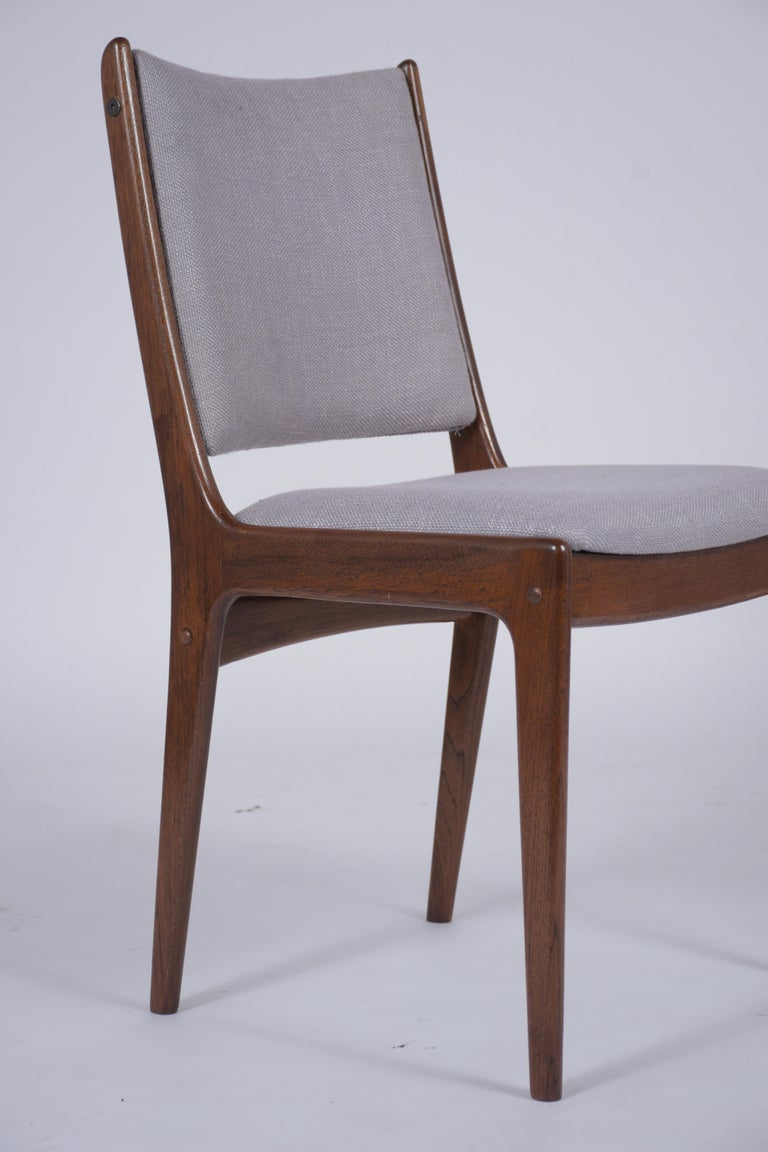 Fabric Set of Six Mid Century Modern Walnut Dining Chairs For Sale