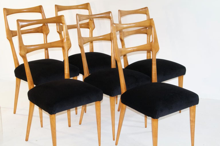 Mid-Century Modern Set of Six Midcentury Dining Chairs in Maple by Augusto Romano, Italy