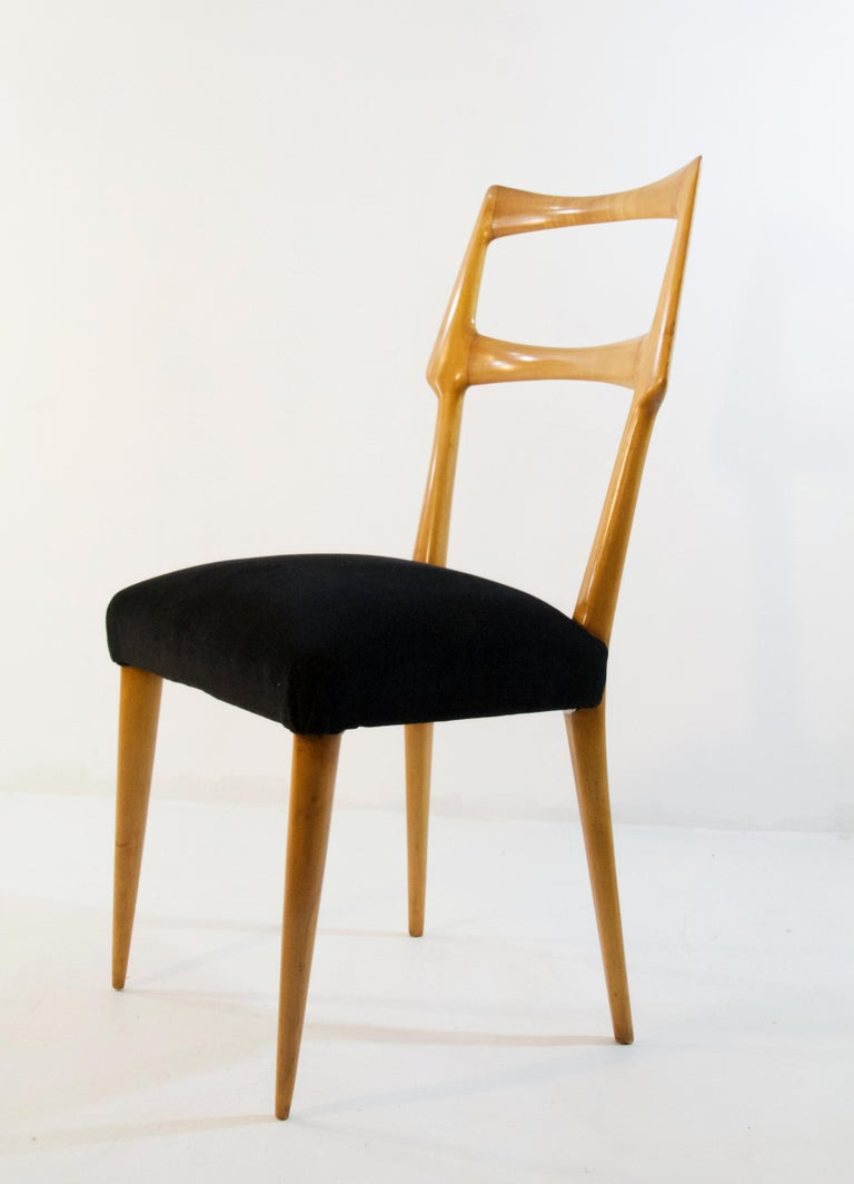 Set of Six Midcentury Dining Chairs in Maple by Augusto Romano, Italy In Good Condition In Albano Laziale, Rome/Lazio