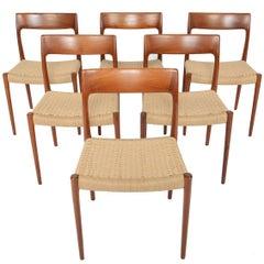 Set of Six Møller Model 77 Dining Chairs in Teak