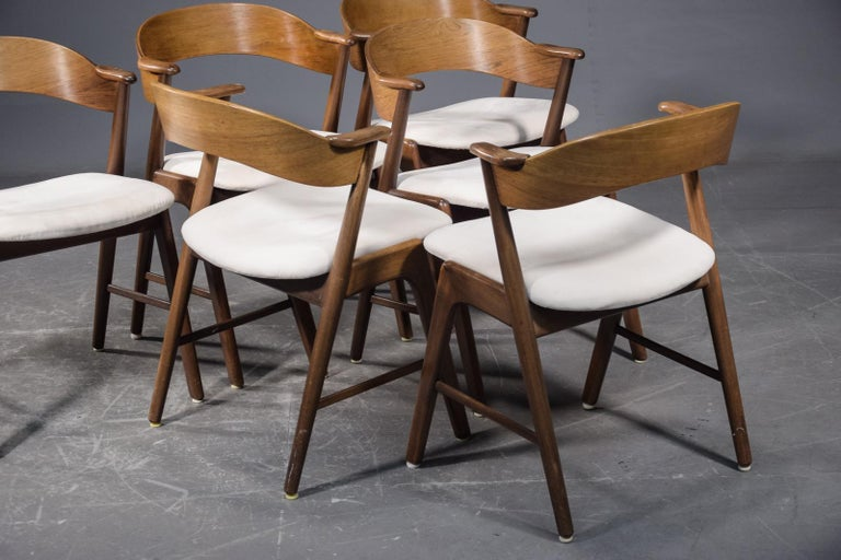 Mid-Century Modern Set of Six Model 32 Kai Kristiansen Danish Modern Dining Chairs in Rosewood For Sale