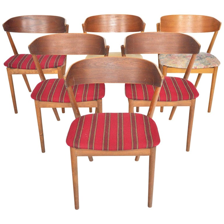 Set of Six Model 7 Helge Sibast Teak and Oak Danish Modern Dining Chairs For Sale