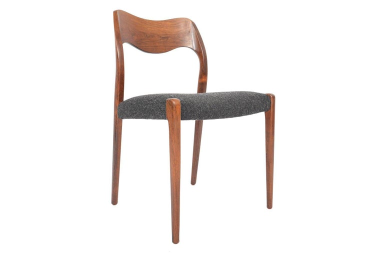 Set of Six Moller Model 71 Midcentury Dining Chairs in Brazilian Rosewood 1
