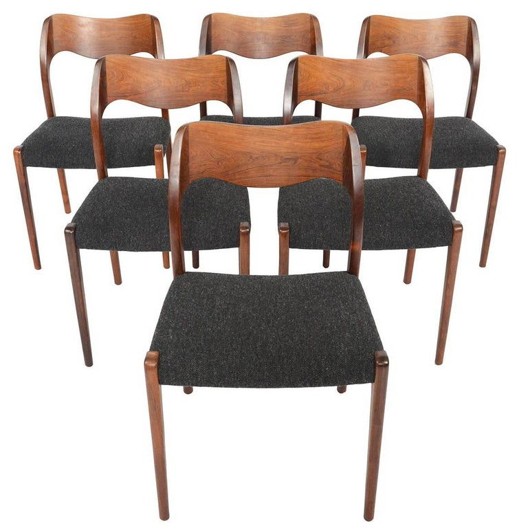 Set of Six Moller Model 71 Midcentury Dining Chairs in Brazilian Rosewood