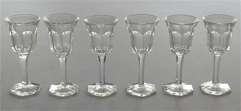 Austrian Set of Six Moser Art Deco Faceted Crystal Cut Liquor Glasses 1920 Baccarat Style For Sale