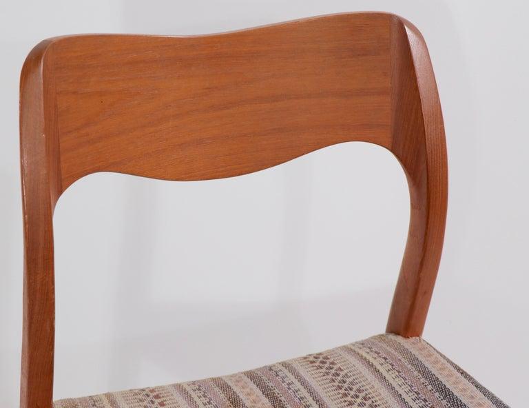 Scandinavian Modern Set of Six Niels Moller Design Dinging Chairs Model 71 by J.L. Mollers Denmark For Sale