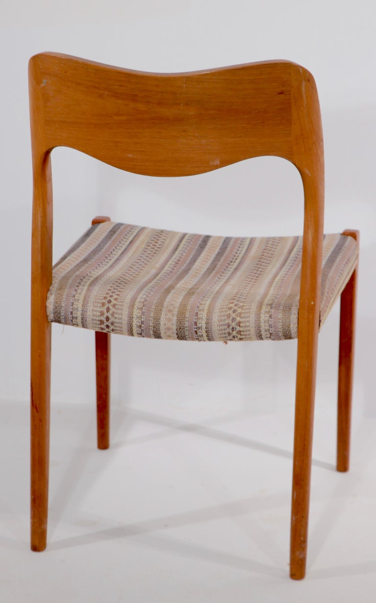 Set of Six Niels Moller Design Dinging Chairs Model 71 by J.L. Mollers Denmark In Good Condition For Sale In New York, NY