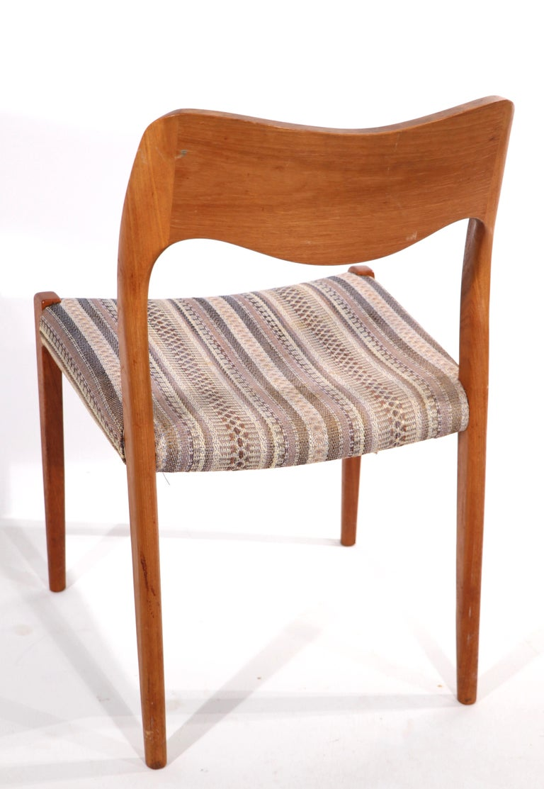 20th Century Set of Six Niels Moller Design Dinging Chairs Model 71 by J.L. Mollers Denmark For Sale
