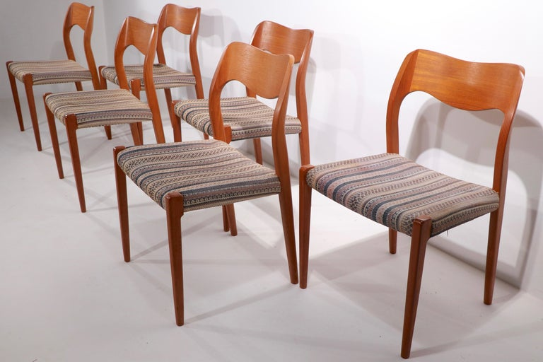 Set of Six Niels Moller Design Dinging Chairs Model 71 by J.L. Mollers Denmark For Sale 1