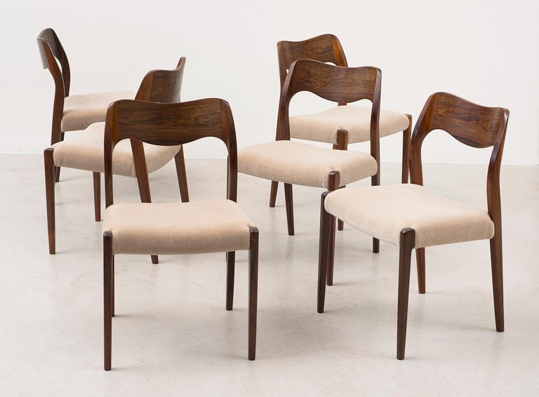 Set of Six Niels Moller Dining Chairs Model #71 in Rosewood and Velvet Mohair For Sale 5