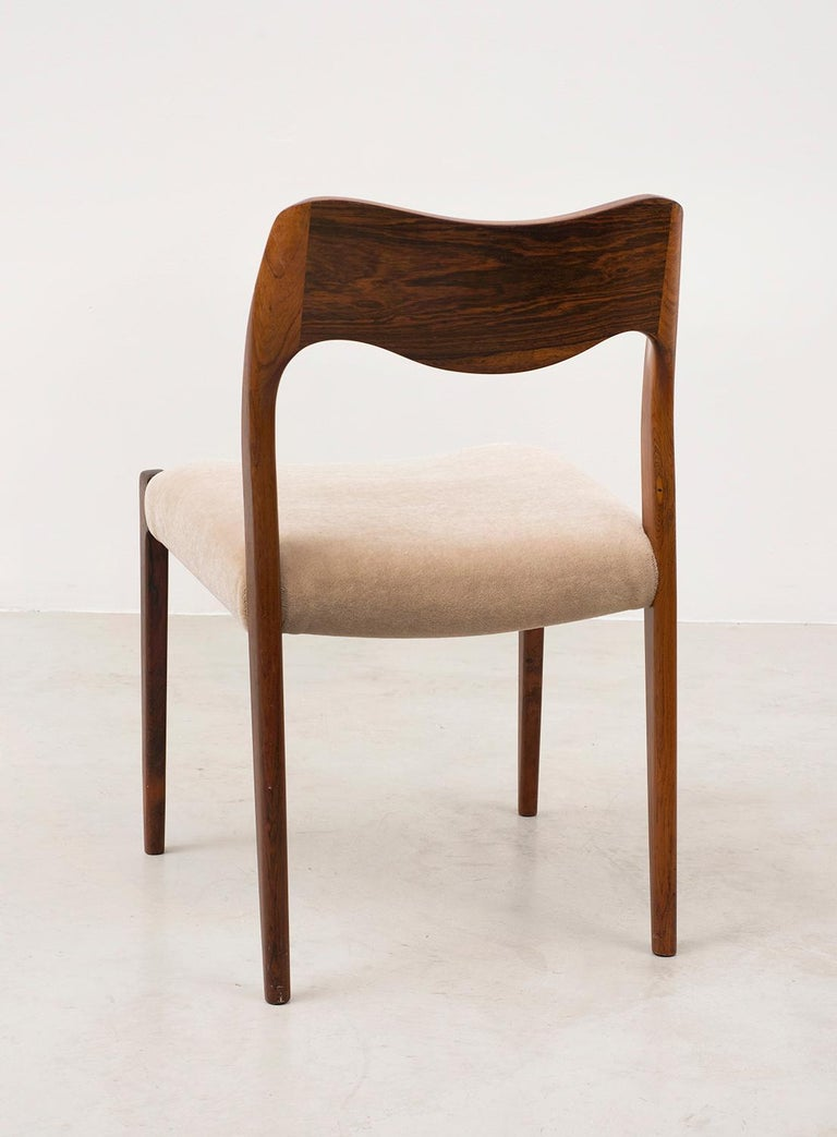 Set of Six Niels Moller Dining Chairs Model #71 in Rosewood and Velvet Mohair In Good Condition For Sale In Santa Fe, NM