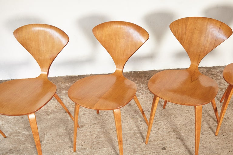 Set of Six Norman Cherner Dining Chairs, Plycraft, USA, 1960s For Sale 3