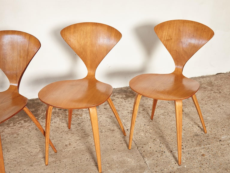 Set of Six Norman Cherner Dining Chairs, Plycraft, USA, 1960s For Sale 4