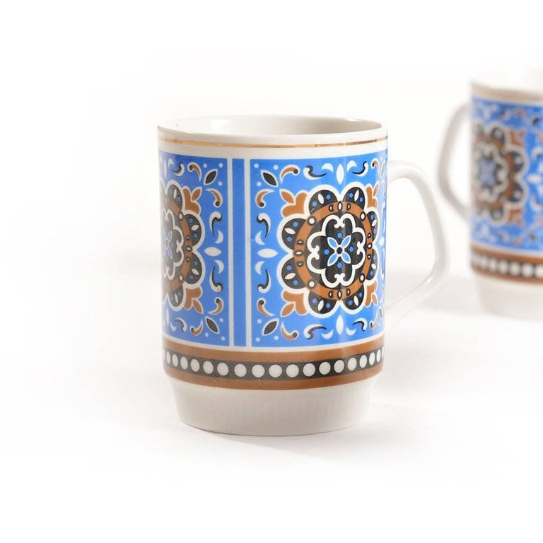 Mid-Century Modern Set of Six Original Midcentury Porcelaine Mugs, circa 1960 For Sale