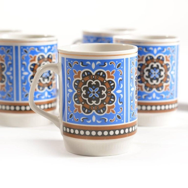 Set of Six Original Midcentury Porcelaine Mugs, circa 1960 In Excellent Condition For Sale In Zohor, SK