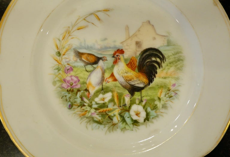 19th Century Set of Six Paris Porcelain Fruit Plates with Hand-Painted Scenes of Animals For Sale