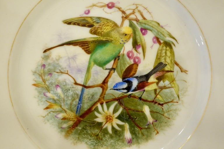 Set of Six Paris Porcelain Fruit Plates with Hand-Painted Scenes of Animals For Sale 2